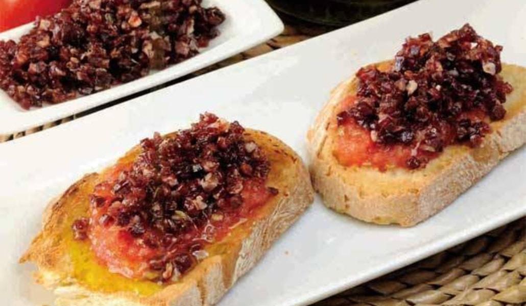 https://www.traveler.es/gastronomia/articulos/mejores-desayunos-sevilla/9568