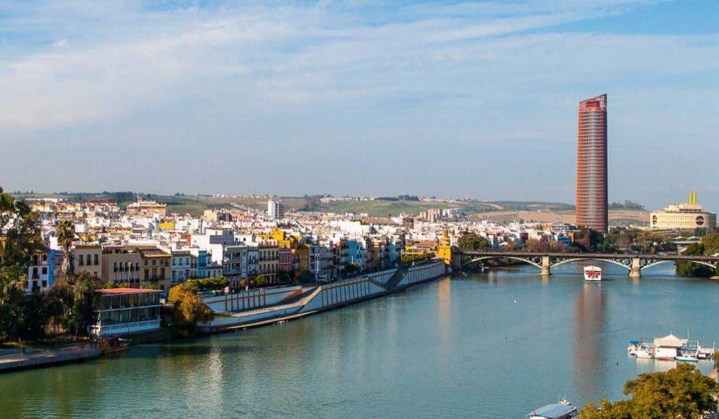 El Ejército montará un puente flotante entre Triana y Sevilla
