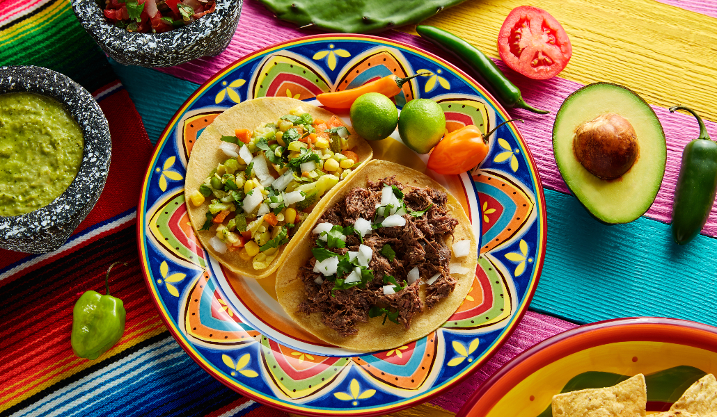 Más allá del serranito: restaurantes para dar la vuelta al mundo desde Sevilla