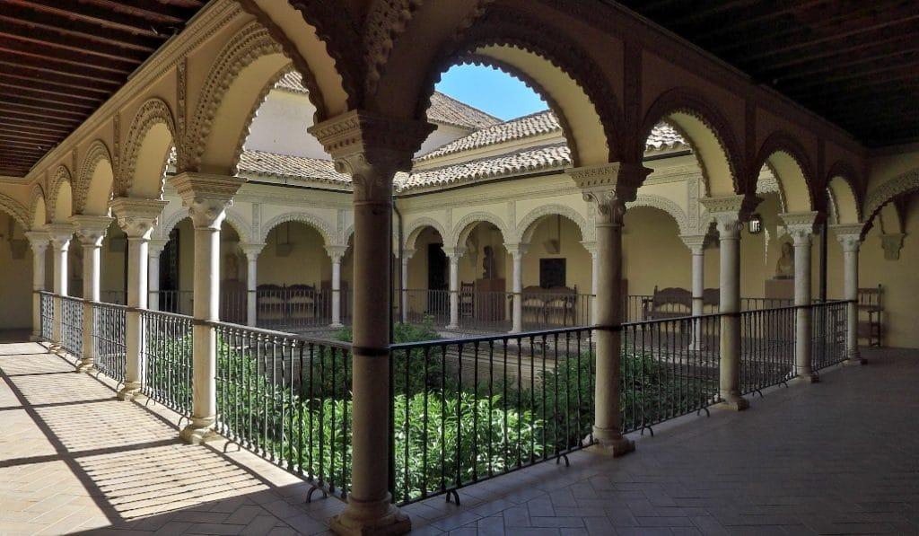 Visita nocturna al Palacio de los Pinelo con concierto reivindicativo