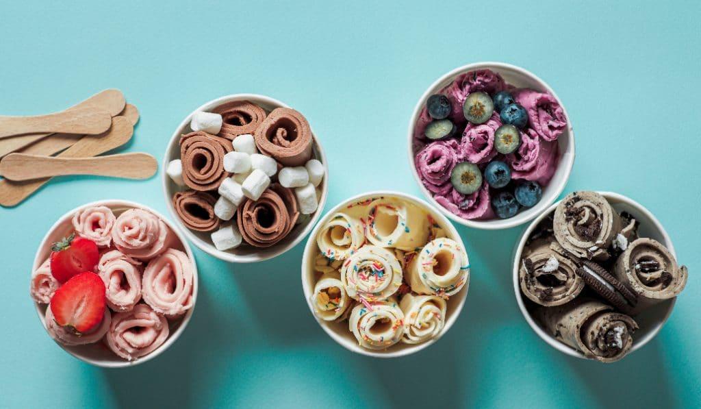 IceCoBar: los rollos de helado a la plancha llegan a Sevilla