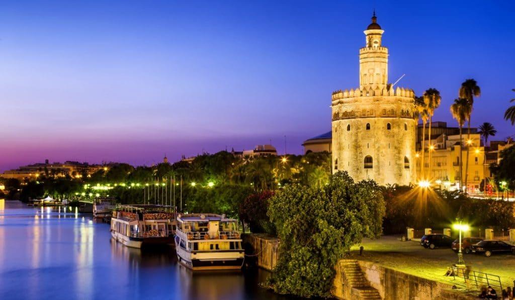 La Torre del Oro lucirá un espectáculo de mapping en homenaje a la vuelta al mundo