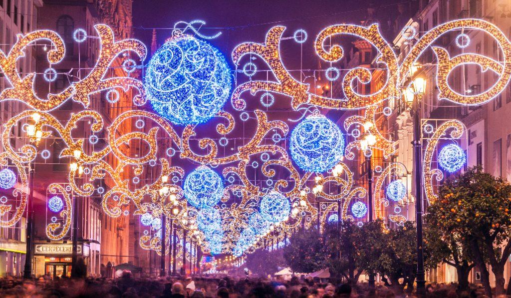 Las luces navideñas de Sevilla se encienden esta noche
