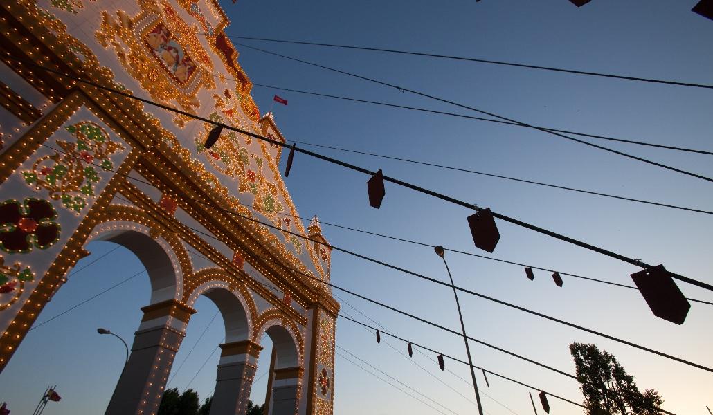 La portada de la Feria de Sevilla se inspirará en el Hotel Alfonso XIII