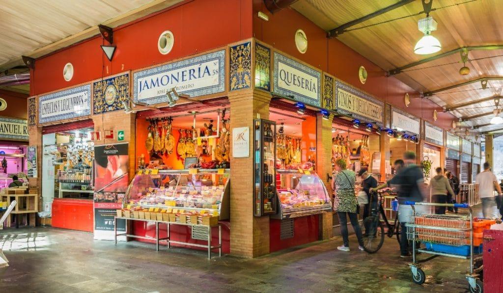 6 lugares clave para conocer el Mercado de Triana