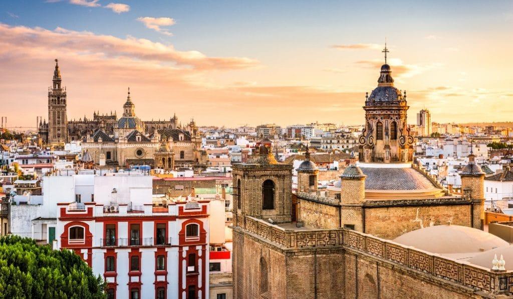 Calendario laboral de Sevilla en 2021: ¿cuántos puentes tenemos?