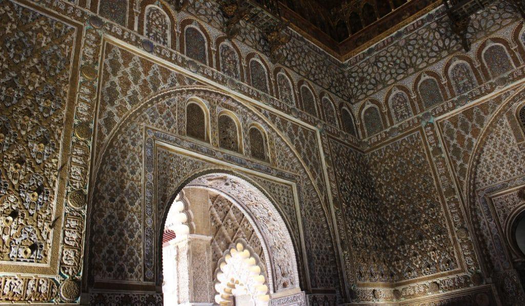 El Alcázar tiene su particular «piedra Rosetta» que desvela el origen del palacio