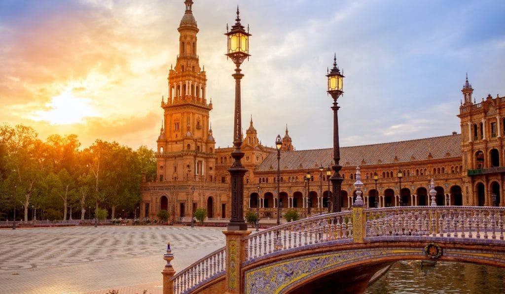 La Plaza de España, uno de los tres lugares más románticos de Europa