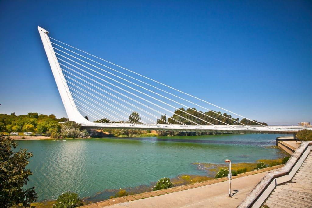 Calatrava y el gran error del puente del Alamillo