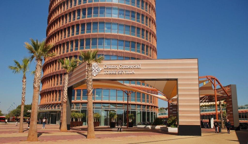 Torre Sevilla no cobrará el alquiler a los negocios durante el estado de alarma