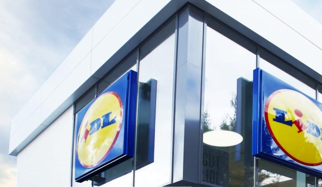 Lidl ofrece reparto gratuito a domicilio e instala mamparas en sus cajas