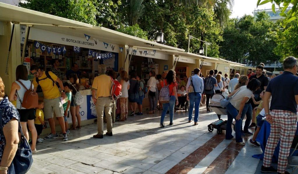 La Feria del libro de Sevilla se aplaza a otoño