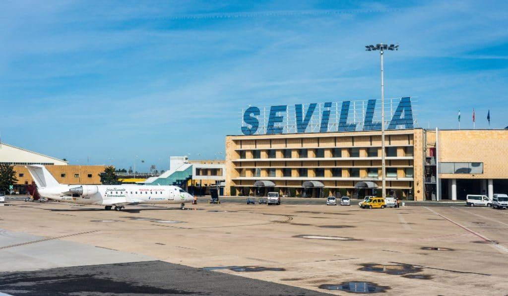 ¿Y si el aeropuerto de Sevilla se llamase Blas Infante?