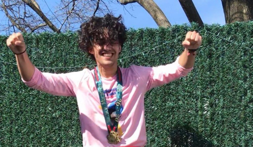 Un sevillano completa un maratón en la terraza de su casa de Nueva York