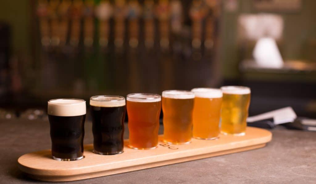 Vino, cerveza o queso: las mejores catas suceden en tu sofá