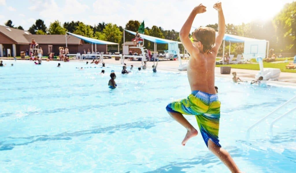 ¿Cuándo abrirán las piscinas públicas en Sevilla?