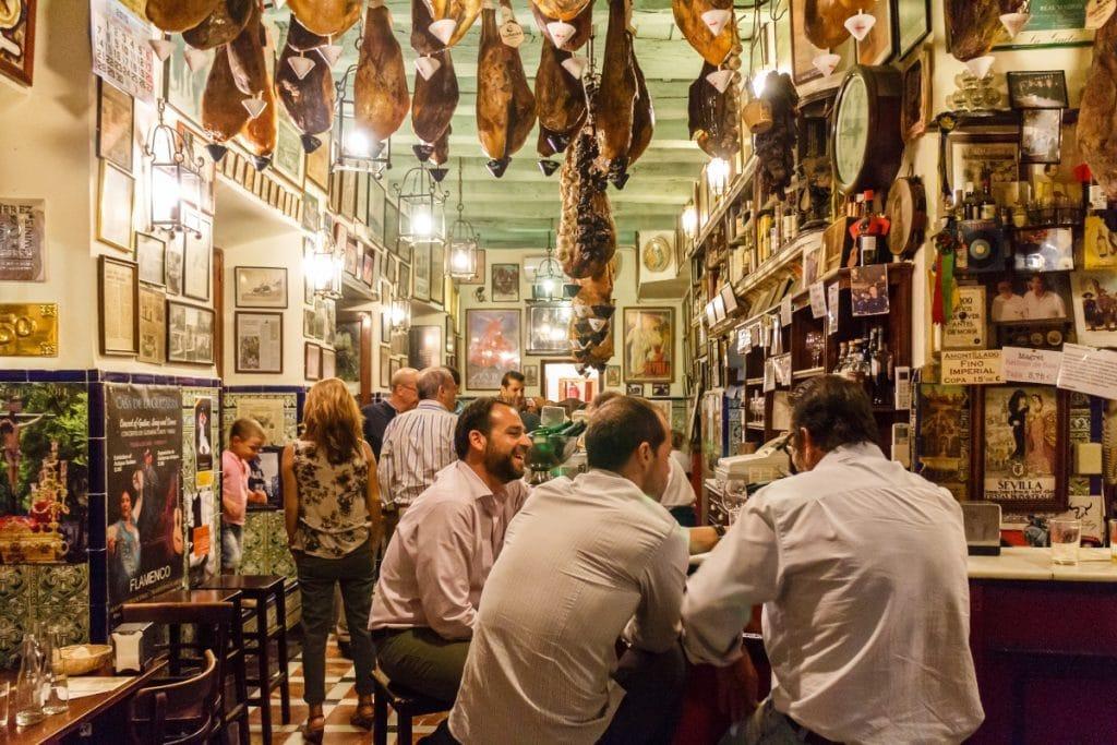 Los bares de Sevilla con más historia
