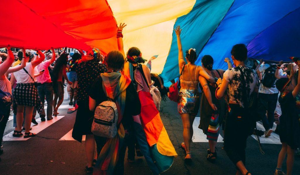 Banderas del Orgullo: la del arcoíris y otras muchas que no conocías