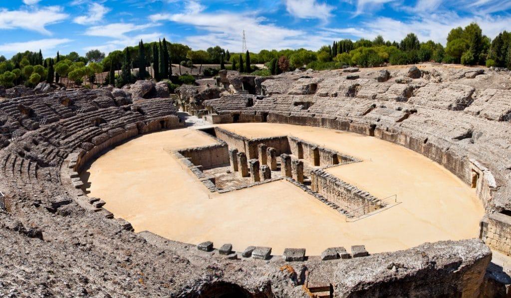 Un mecenas financia la candidatura de Itálica a la Unesco
