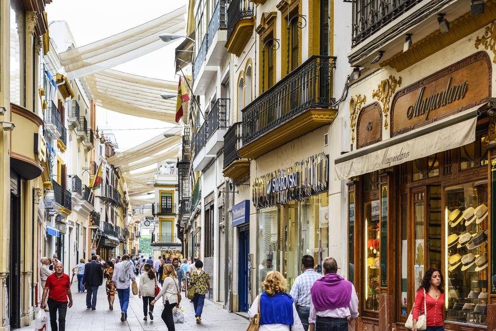 Los andaluces podrán viajar entre provincias a partir del lunes