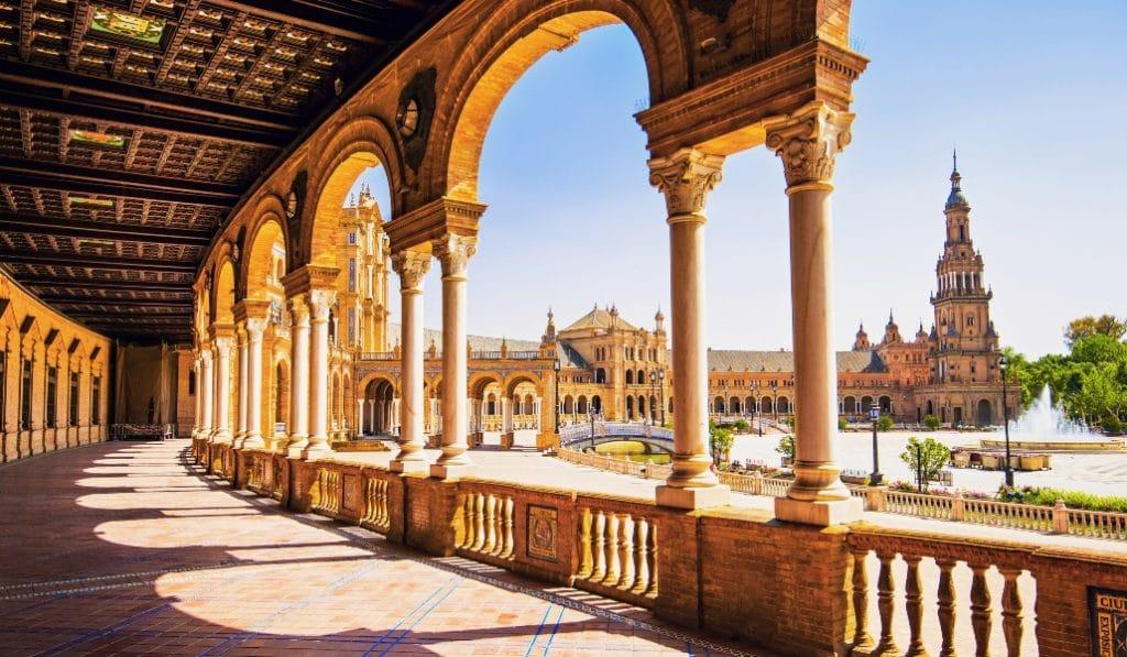 Sevilla es una de las primeras ciudades en obtener el sello de destino turístico de seguridad