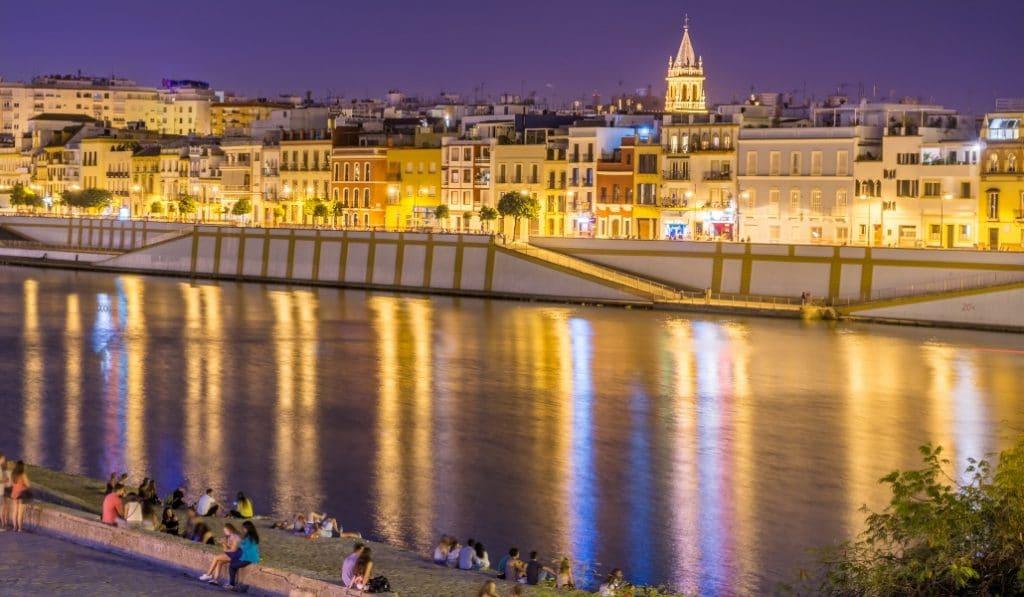 Los 28 planes que necesitas para afrontar el mes de agosto en Sevilla