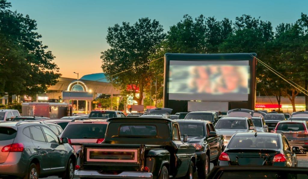 Autocine de Bormujos: el plan más original del verano para disfrutar del cine
