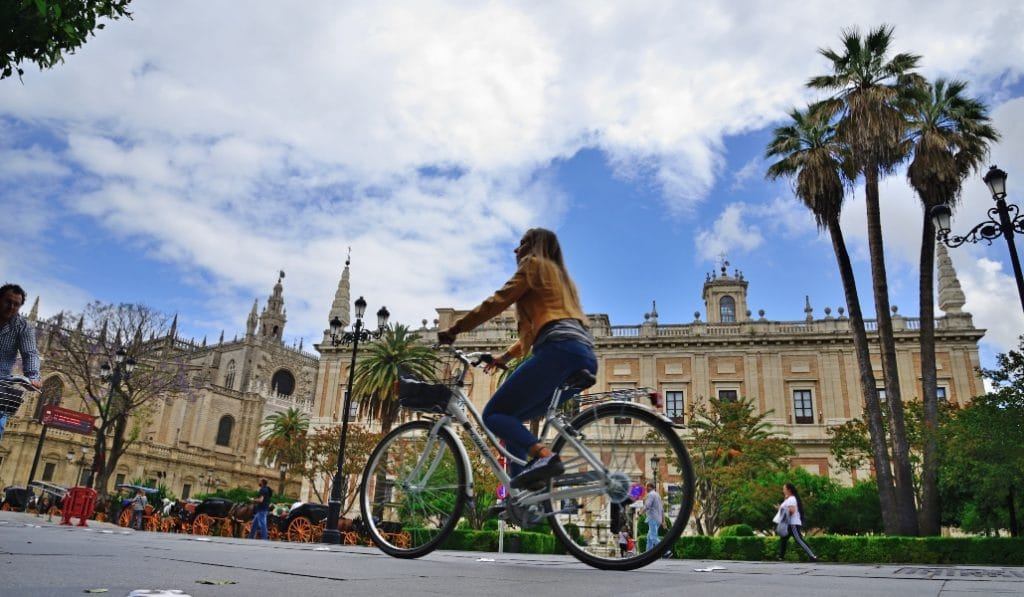 Los usuarios de bicis, satisfechos con el sistema y la red de Sevilla
