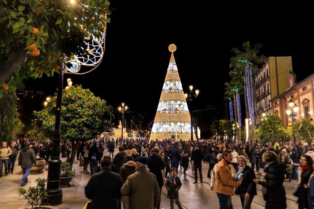 La iluminación navideña estará lista en noviembre