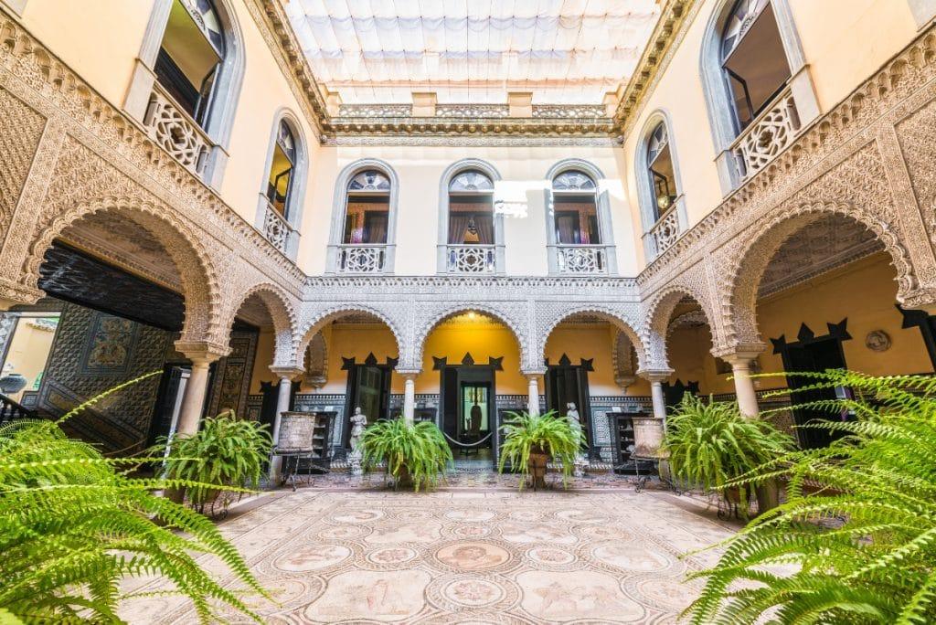 14 palacios de Sevilla que debes conocer