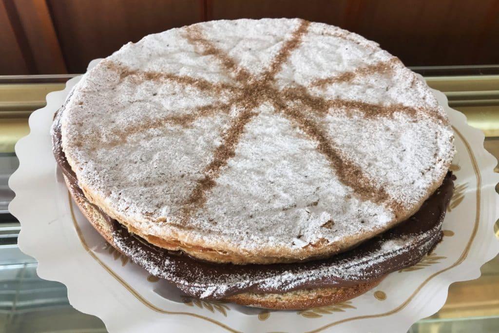 La torta inglesa, el monumento dulce de Carmona