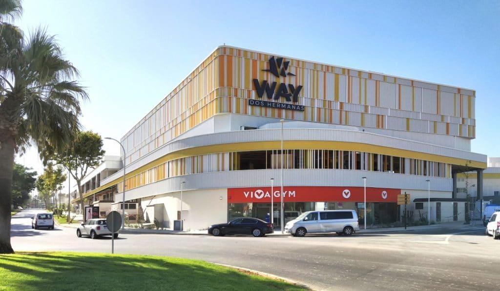 El centro comercial WAY Dos Hermanas abre hoy al público