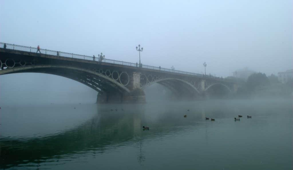 La borrasca 'Bárbara' trae oficialmente el otoño a Sevilla