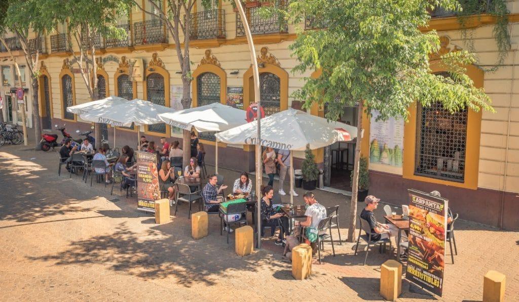 La Junta podría cerrar la hostelería en algunas provincias andaluzas este domingo