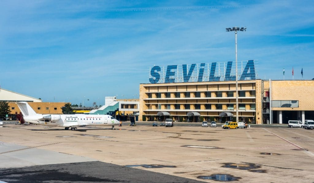 ¿Por qué el aeropuerto de Sevilla se llama SVQ?