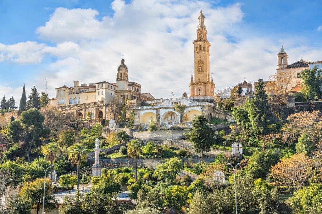Monumento al Sagrado Corazón de Jesús: una joya en la provincia de Sevilla