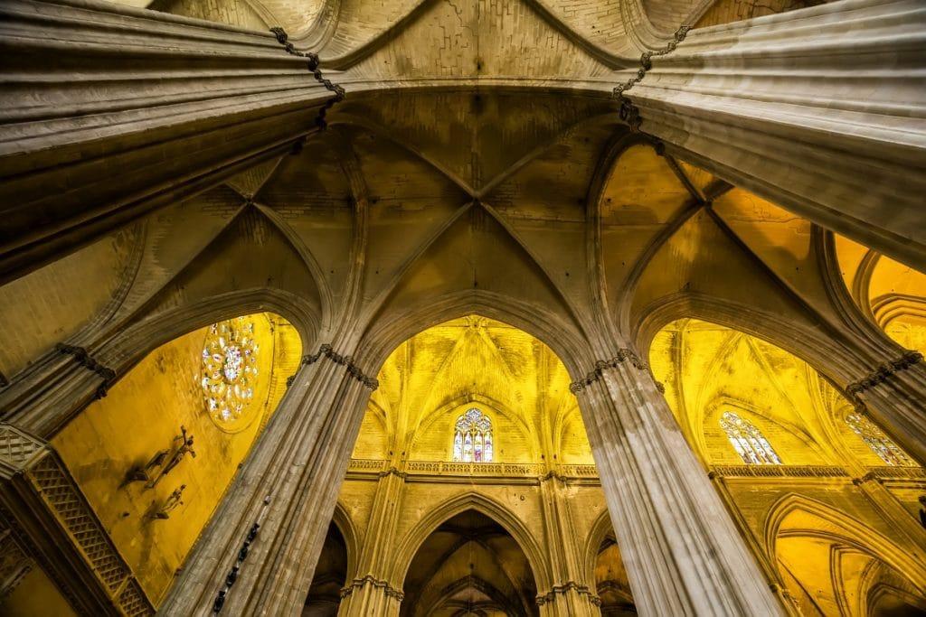 7 razones por las que el interior de la Catedral de Sevilla es una joya