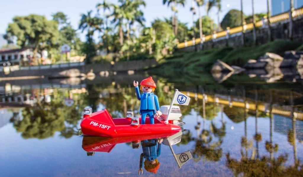El Parque del Alamillo celebra un mercadillo solidario de Playmobil este domingo