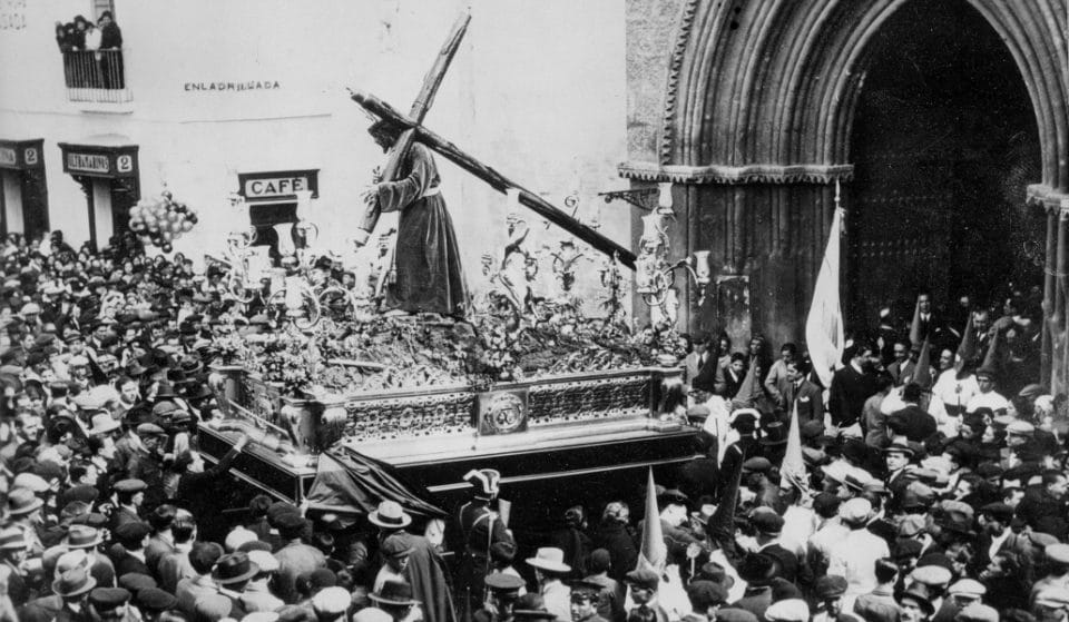 Recuperan la película sonora más antigua de la Semana Santa de Sevilla filmada por la Fox