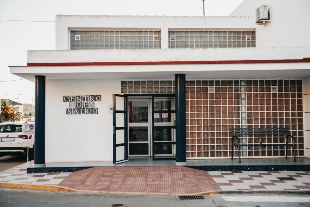 Los centros de salud de Andalucía vuelven a atender a los pacientes en persona
