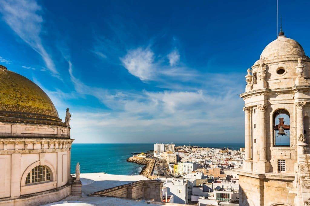Andalucía podría permitir los viajes a las provincias con menos incidencias