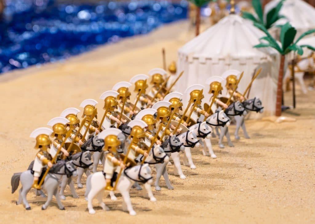 Aterriza en Sevilla una exposición de «clicks» de Playmobil especial Semana Santa