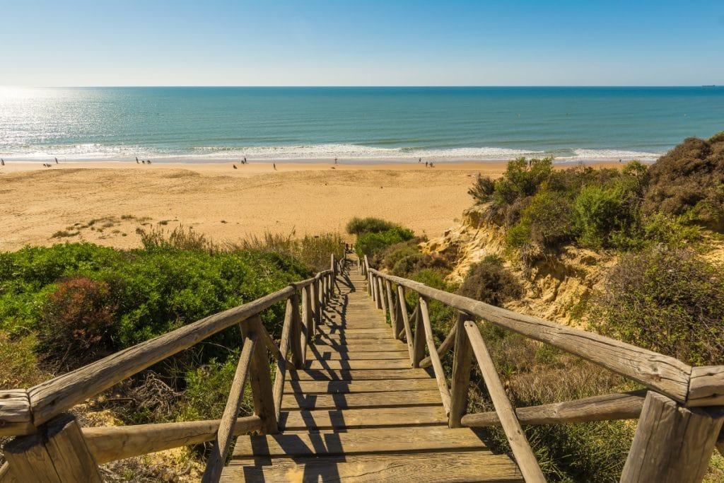 Estas son las playas andaluzas a las que (todavía) no puedes ir