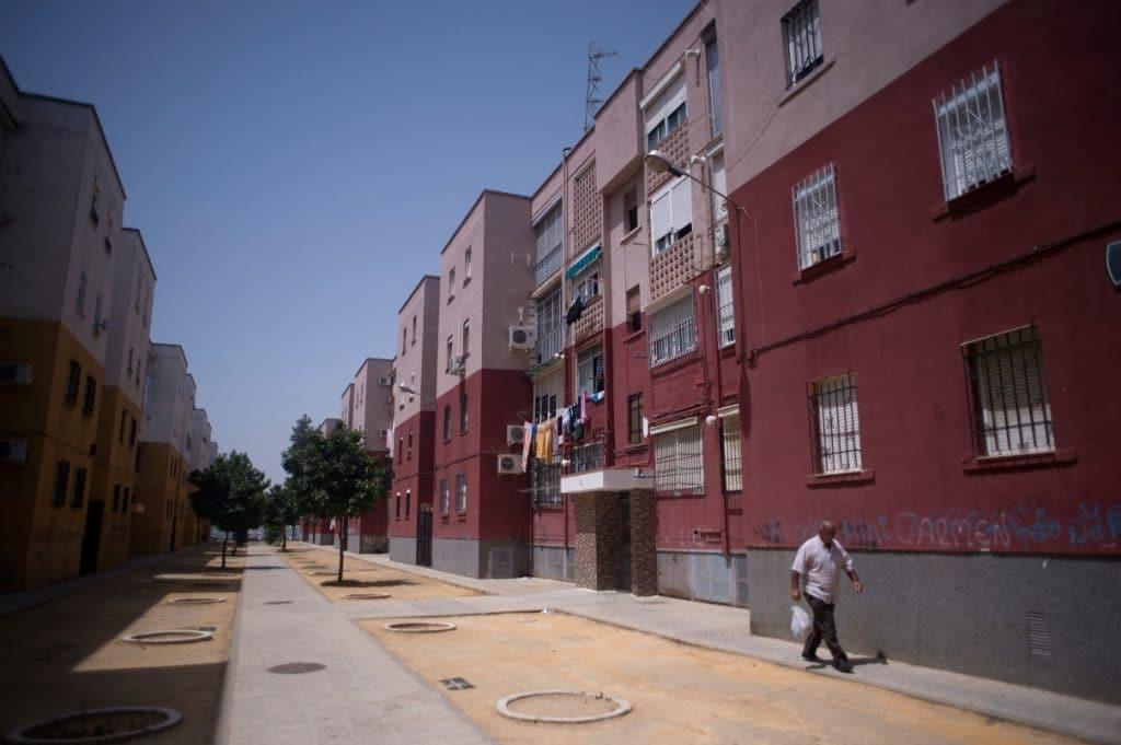 Tres de los cuatro barrios más pobres de España son sevillanos