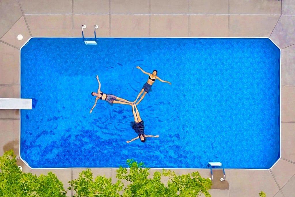 Sevilla estrena nueve piscinas sin humo
