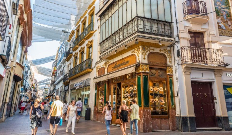Sevilla tendrá toldos este verano, aunque solo en el centro