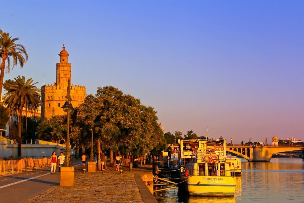 Sevilla es la ciudad española más barata para veranear