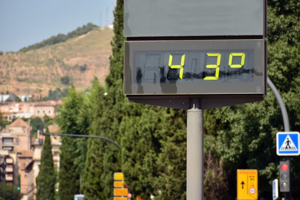 La primera ola de calor del verano llega a España esta semana