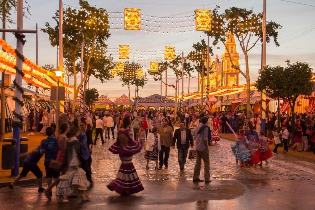La Feria de Sevilla sustituirá sus 200.000 bombillas por iluminación led