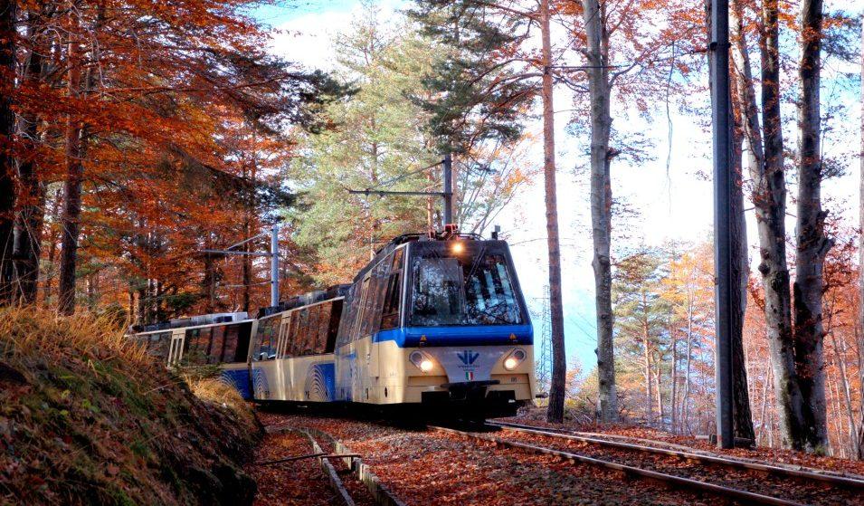 Treno del Foliage: un indimenticabile viaggio nell'autunno